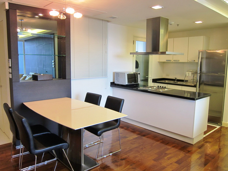 2 Bed Condo, Sukhumvit, Phromphong to Thonglor